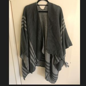 Cute gray cape/poncho!